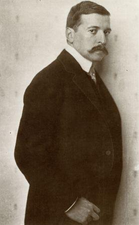 Nicola_Perscheid_-_Hugo_von_Hofmannsthal_1910